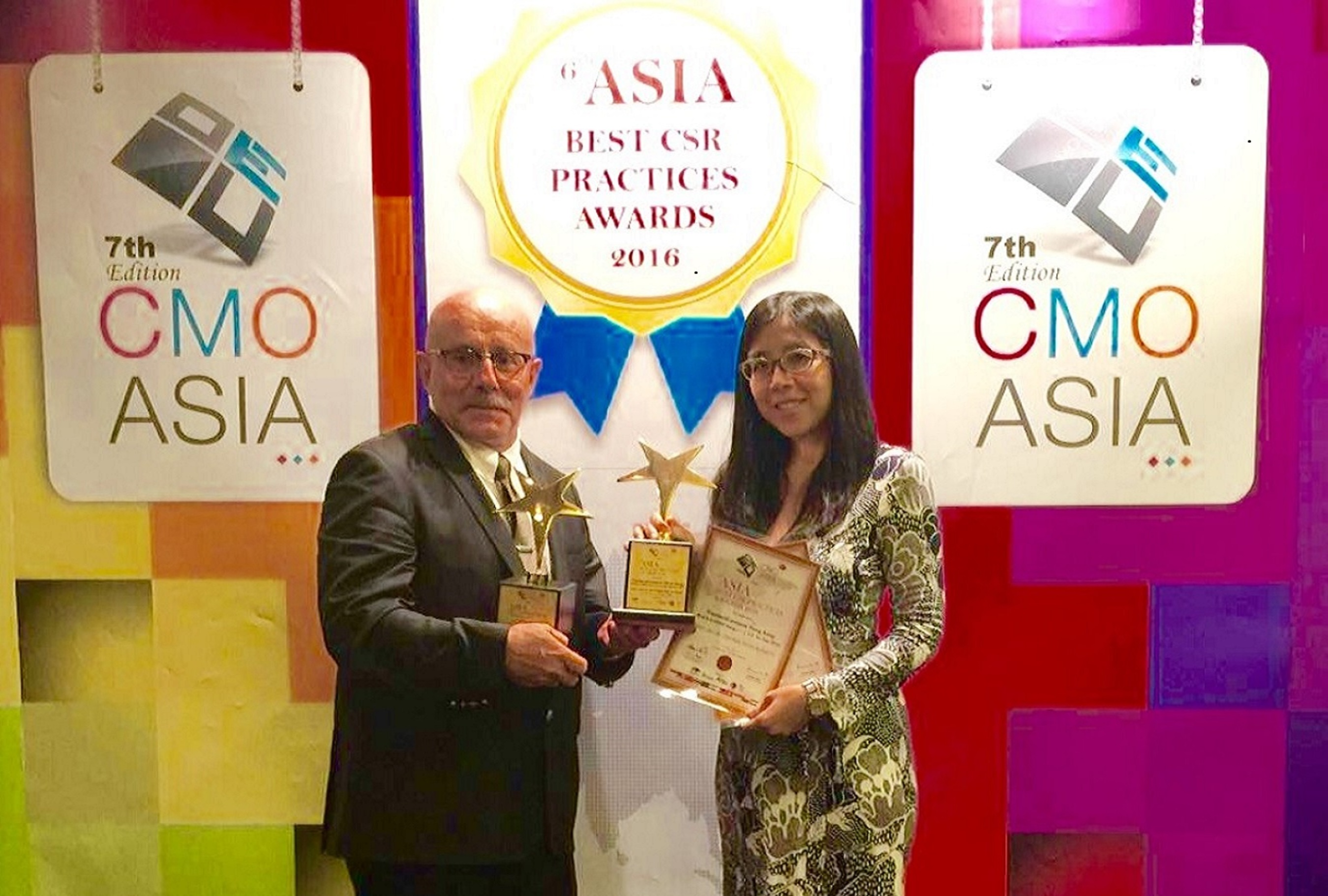 FrieslandCampina Asia wins the 'Best Use of Corporate Social Responsibility Practices' award at CMO Asia's 6th Best CSR Practices Awards Ceremony. This is the second consecutive win by the company