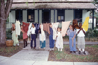 School children visit the King-Cromartie House to learn what it was like to live in the early 1900's.  (PRNewsFoto/Fort Lauderdale Historical Society)