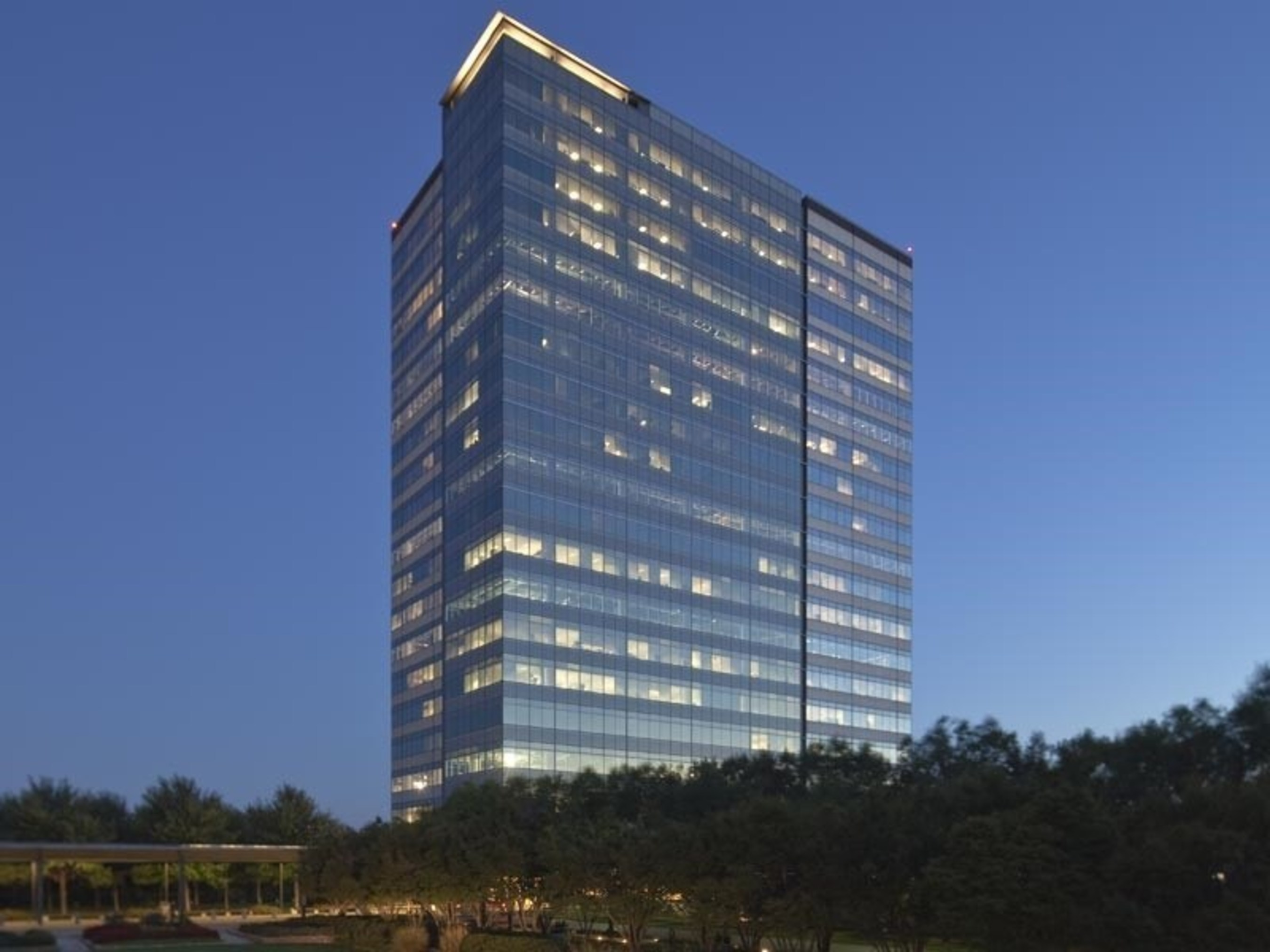 Atlanta headquarters of The Weather Company, an IBM Business, will move to Perimeter Summit and add 400 jobs.