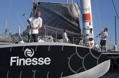 Hydroptere Flies with Finesse!
