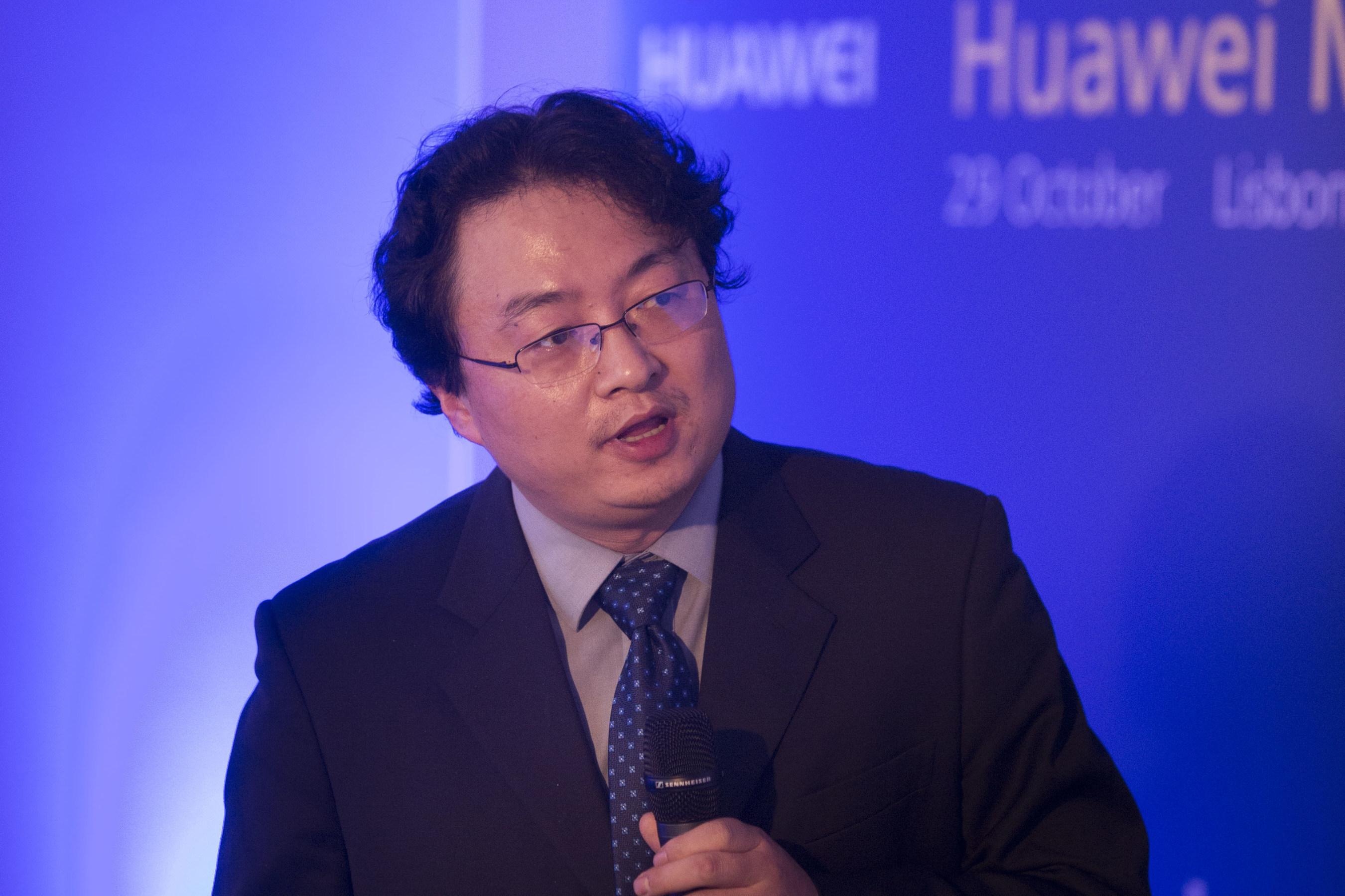 Huawei presenta su OceanStor Flash Strategy que acelera la adopción de la memoria flash en centros
