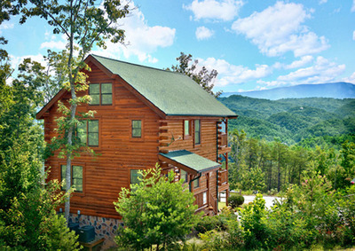 Cabin in the Smokies. (PRNewsFoto/Reserve Direct) (PRNewsFoto/RESERVE DIRECT)
