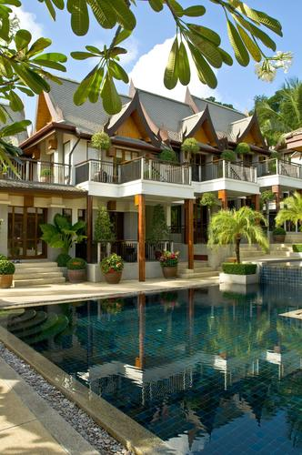 Baan Yin Dee Boutique Resort, Phuket Thailand. Baan Yin Dee is a true gem, perched on the hill overlooking Patong Beach. This boutique 21-room resort will amaze you with magnificent views of the South China Sea as well as prime seating to view the ...