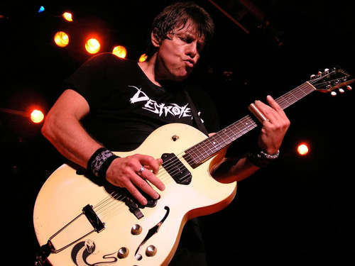 GEORGE THOROGOOD & THE DESTROYERS 40TH ANNIVERSARY U.S. TOUR FEBRUARY 27-JULY 20.  (PRNewsFoto/Universal Music ...