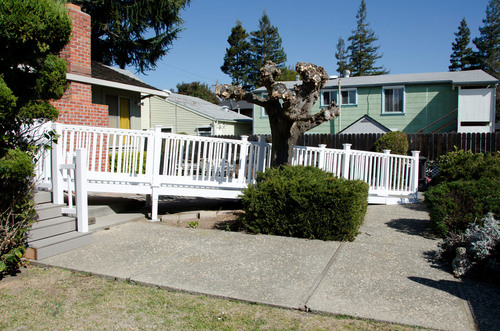 A ramp built by Lowe's and Rebuilding Together volunteers for a veteran homeowner.  (PRNewsFoto/Rebuilding Together)