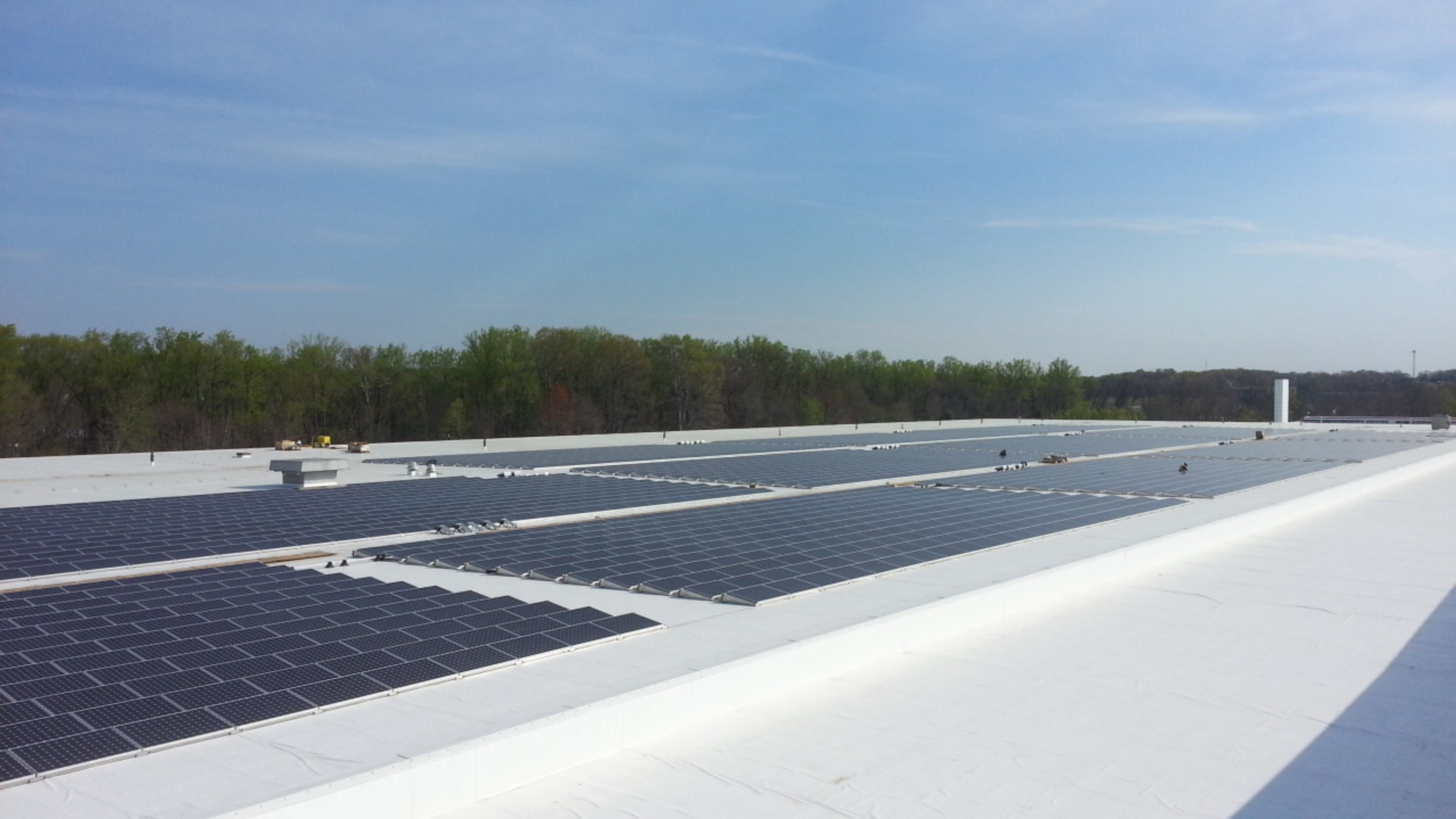 A SunPower Helix system is being installed at Macy's in Joppa, Md. It is one of 71 SunPower systems expected to be operational at Macy's and Bloomingdale's stores by the end of 2016.