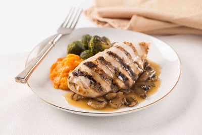 South Beach Diet Delivery customers enjoy delicious meals like this Chicken Marsala with Sweet Potato Puree.