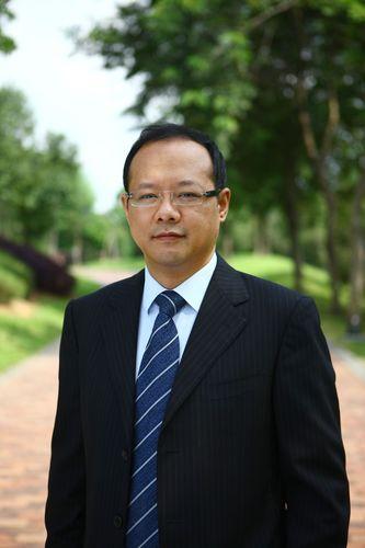 The new President of Huawei's Western European Region Vincent Pang (PRNewsFoto/Huawei)