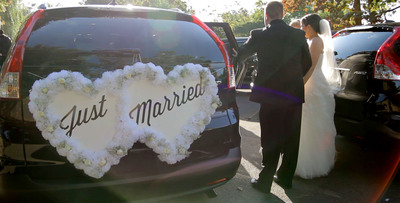 Honda Initiates 'Start Something Special' Conversations Online and with New Brand TV; Surprise Wedding Extravaganza Introduces Effort.  (PRNewsFoto/American Honda Motor Co., Inc.)