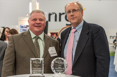 The award for Helix Power was presented to Rick Dixon, President.  (PRNewsFoto/Helix Power Generators, Inc.)