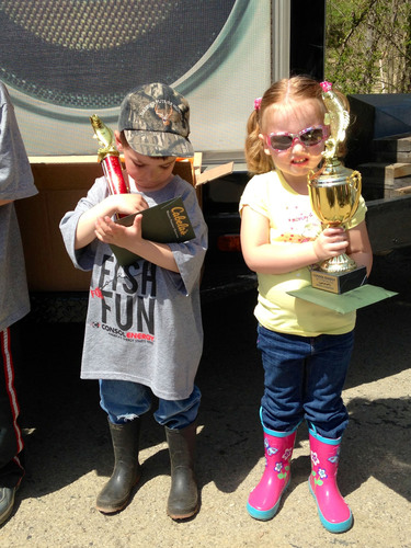 CONSOL Energy Hosts Free Youth Fishing Contest