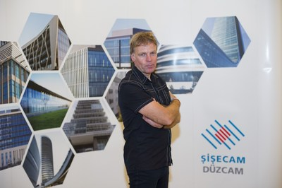 Sisecam Flat Glass united Dutch architect Winy Maas with building sector professionals and architecture students in 'T Meetings' event it has been organizing in Istanbul for two years. (PRNewsFoto/Sisecam Flat Glass) (PRNewsFoto/Sisecam Flat Glass)