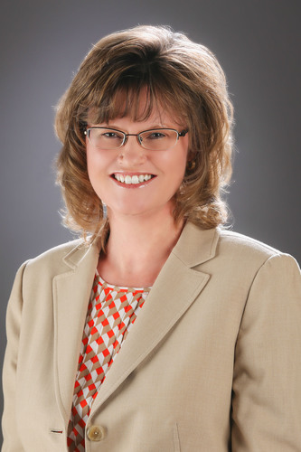 Angie DeWinter Named Vice President of U-Haul Human Resources at U-Haul International, Inc. (PRNewsFoto/U-Haul) (PRNewsFoto/U-HAUL)