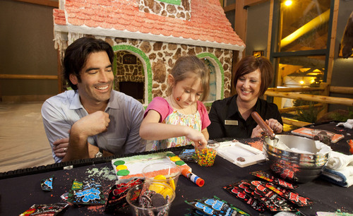 HGTVs Carter Oosterhouse lends a hand to Great Wolf Lodge to Support Big Brothers Big Sisters