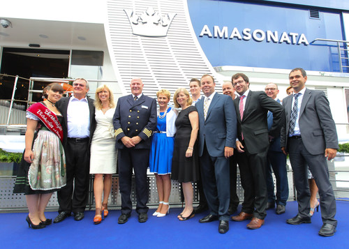 The captain, Godmother and AmaWaterways executives joined the Queen of Vilshofen and town's mayor at the AmaSonata christening. (PRNewsFoto/AmaWaterways)