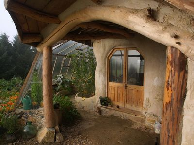 The completely CO2-friendly Eco-house in Granadilla de Abona, Spain. Available at https://www.wimdu.dk/offers/54HF2ONE and https://www.wimdu.se/offers/54HF2ONE