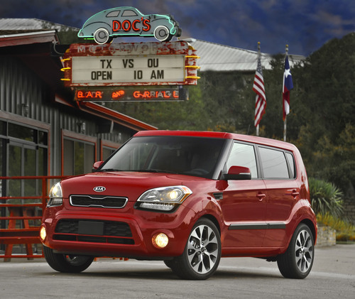 ... The 2012 Soul Now Delivers Class Leading Horsepower(3) And  Significantly Improved Fuel Efficiency Of Up To 35 Miles Per Gallon (mpg)  On The Highway.