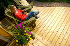 A picture is worth...$1,000, if your photo of friends and family enjoying your deck is the winner of a new contest.  (PRNewsFoto/Thompson's Water Seal)