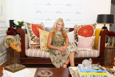 Actresses Busy Philipps And Courteney Cox Support The Art of Elysium By Co-Curating A Charity Sale On One Kings Lane, Featuring Vintage Items From Their Personal Collections