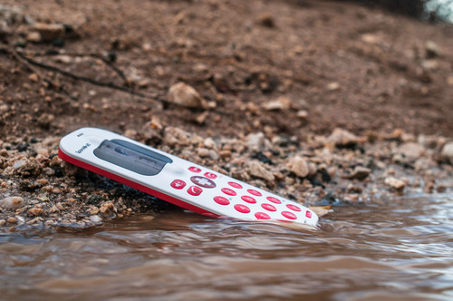 SpareOne Plus Emergency Phone exposed to water. (PRNewsFoto/DryWired)