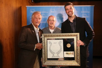 Pat Boone receives the Cultural Impact Award from Museum Founder Michael Evans Jr. and Israeli Chairman Gen (res) Yossi Peled