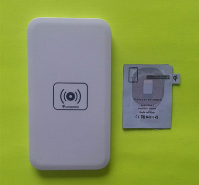 Monster Watts is confirming that its new Stealth Wireless Chargers for the Samsung Galaxy S3 and Note 2 will be forward compatible with the Samsung Galaxy S4, Note 3, and other Qi standard wireless charging enabled phones.  (PRNewsFoto/Monster Watts)