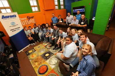 Aaron's, Inc. associates and Pittsburgh Mayor William Peduto surprised teens with a newly renovated Keystone Teen Center at the Boys & Girls Club of Pittsburgh's Sarah Heinz House last Friday. Keystone is Boys & Girls Clubs of America's premier teen leadership program, helping teens develop their character and leadership skills in hopes of helping them reach their potential and create positive change in their community. (Ed Rieker/AP Images for Aaron's, Inc.)