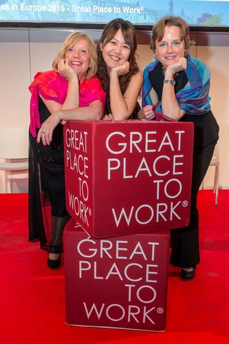 Three of the PASCOE happy employees (PRNewsFoto/Pascoe Natural Medicine)