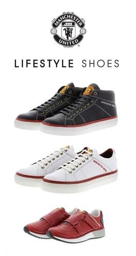 Manchester United Lifestyle Shoes. Courtesy of SHIP BRANDS B.V. (PRNewsFoto/HEROES S.R.L.) (PRNewsFoto/HEROES S.R.L.)