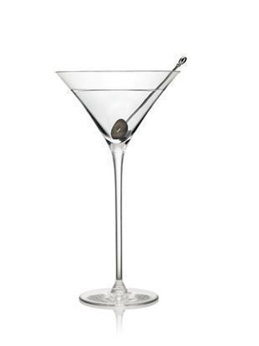 Belvedere Ultimate Martini. (PRNewsFoto/Belvedere Vodka) (PRNewsFoto/BELVEDERE VODKA)