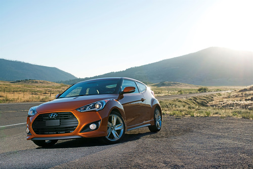 2013 Hyundai Veloster Turbo Wins Ruedas ESPN 'Best Sports Car' Award