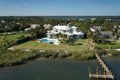 This magnificent waterfront estate located in the exclusive community of John's Island in Vero Beach, Florida heads to auction on April 27, 2013. The property was previously listed for $9.65 million, but will now be sold to the highest bidder above $4.25 million. Veteran auction firm Platinum Luxury Auctions is handling the sale. Visit www.PlatinumLuxuryAuctions.com or call 1.800.262.5132 for details.  (PRNewsFoto/Platinum Luxury Auctions)
