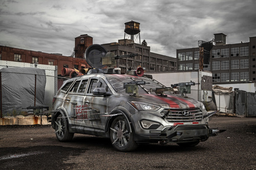HYUNDAI UNVEILS FAN-DESIGNED ZOMBIE SURVIVAL MACHINE AT NEW YORK COMIC CON.  (PRNewsFoto/Hyundai Motor America)