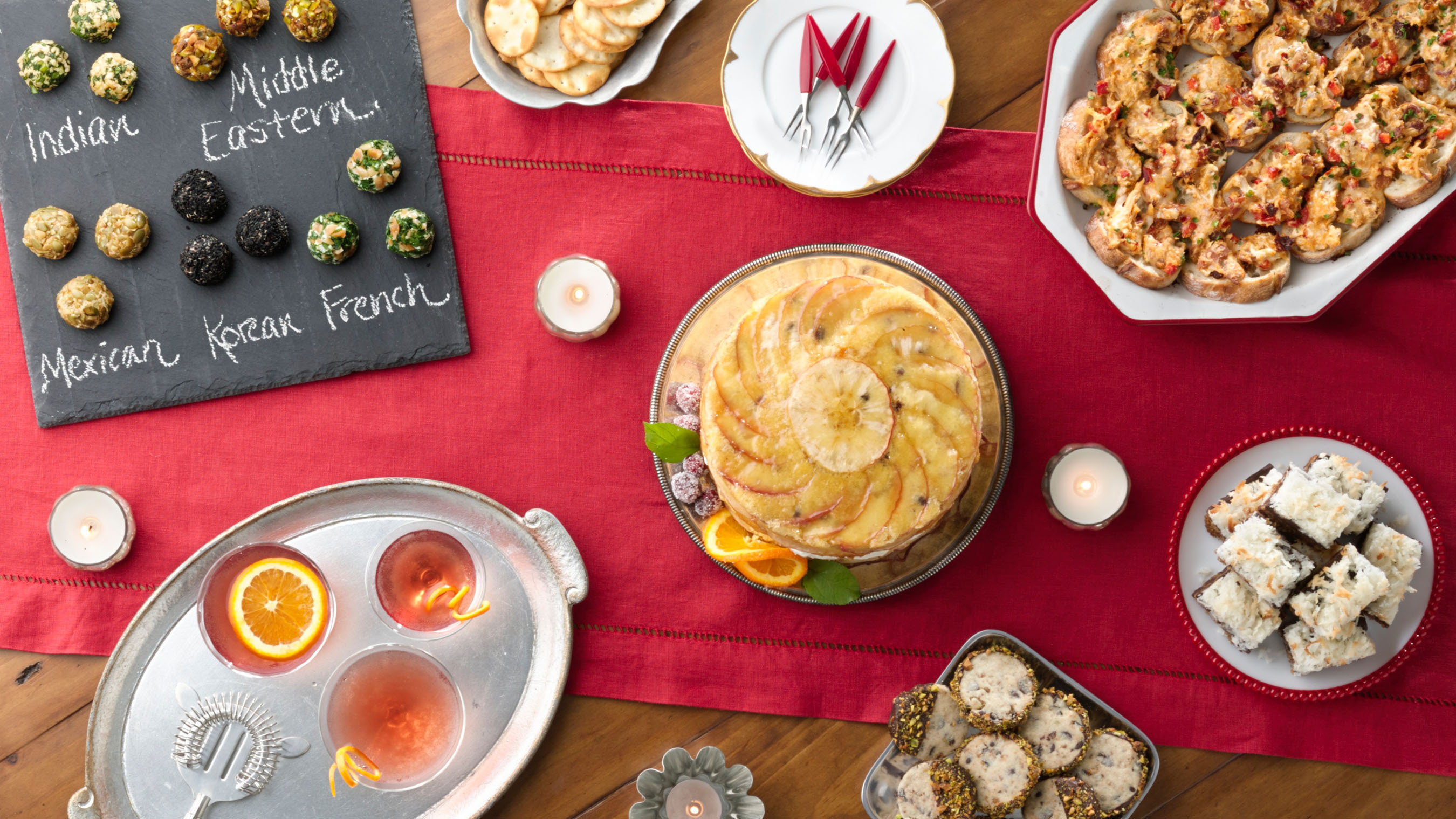 """From coast to coast, the Betty Crocker Test Kitchen experts have their """"spoon"""" on the pulse of the most exciting, surprising and delicious trends this holiday season.  (PRNewsFoto/Betty Crocker)"""