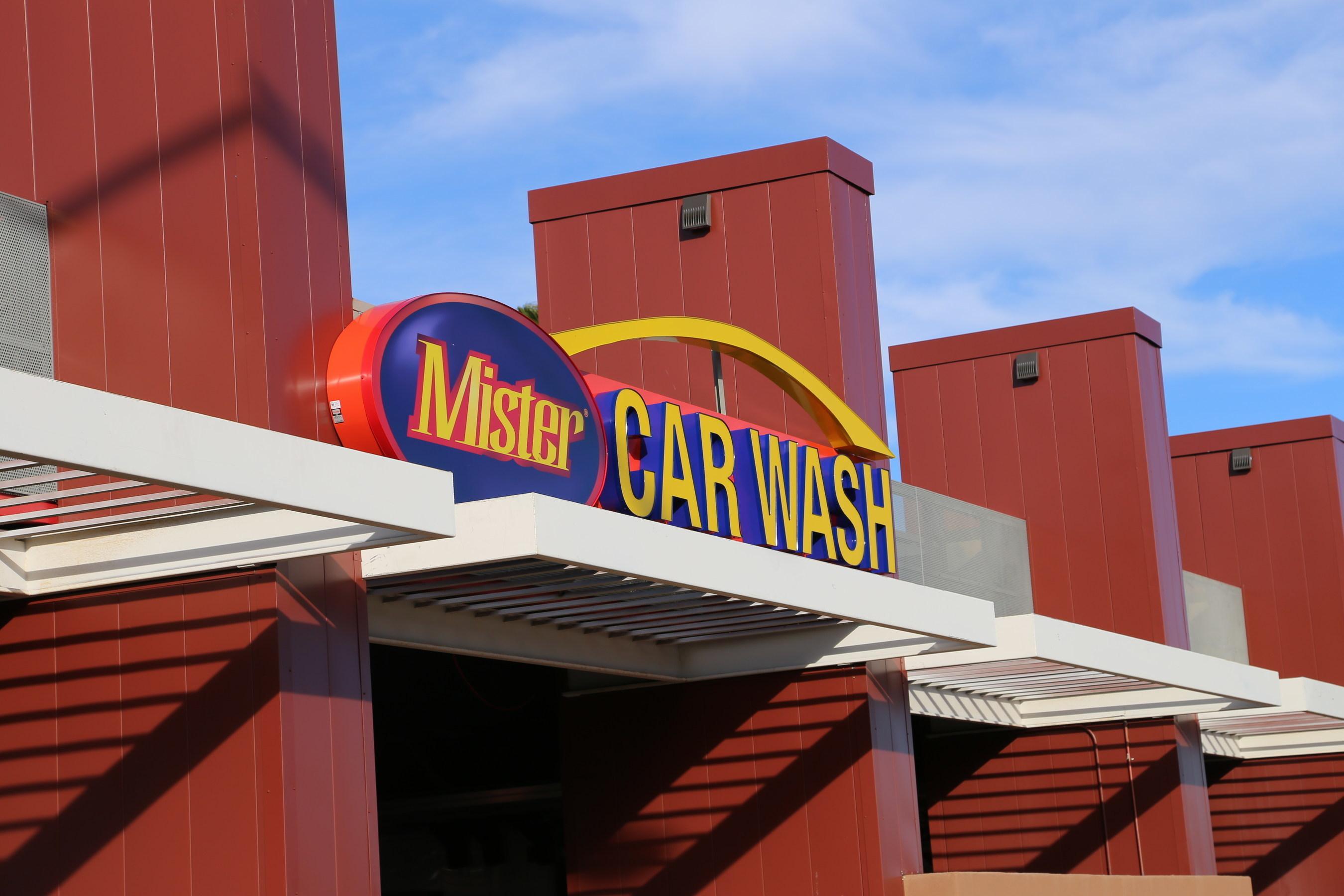 Mister Car Wash Enters Colorado