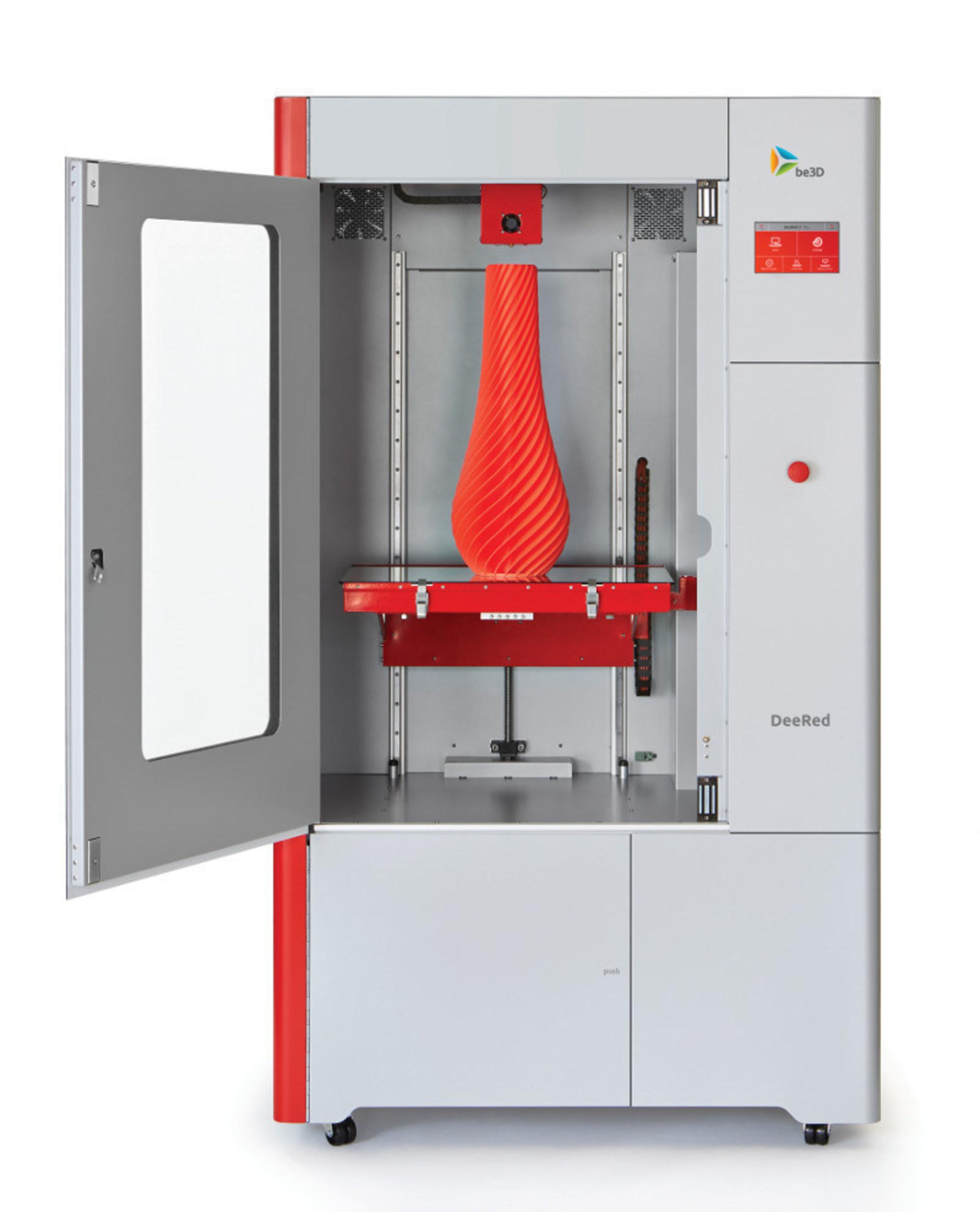 Profesionální 3D tiskárna DeeRed od společnosti be3D se může pochlubit největším objemem tisku ve