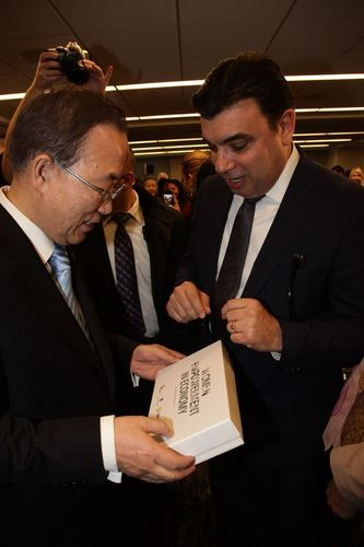 Turkcell Group Chief Corporate Affairs Officer Koray Öztürkler and the UN Global Compact Members ...