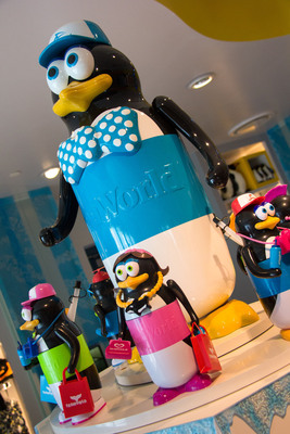 Birds of a Feather Conserve Together - These penguin cups may look cute and cuddly but they have a noble purpose: encourage guests to reuse materials and reduce their carbon footprint. With each purchase of its new Cup That Cares(TM), SeaWorld(R) will donate $1 to the SeaWorld & Busch Gardens Conservation Fund(TM) that helps animals around the world. Plus, technology embedded in each cup calculates the amount of CO2 each guest saves from the atmosphere when they choose to reuse the cup for refills at Coca-Cola Freestyle(R) machines in SeaWorld Orlando's epic new attraction, Antarctica: Empire of the Penguin(TM).  (PRNewsFoto/SeaWorld Parks & Entertainment)