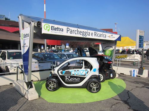 Guglielmo Marconi Airport Introduces 'Elettra', the Free EV Charging Station Service