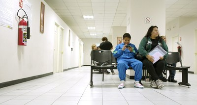 Type 2 diabetes patient clinic waiting room MEXICO CITY (PRNewsFoto/Cities Changing Diabetes)
