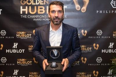 Gianluigi Buffon wins the 2016 Golden Foot Hublot Award (PRNewsFoto/HUBLOT)