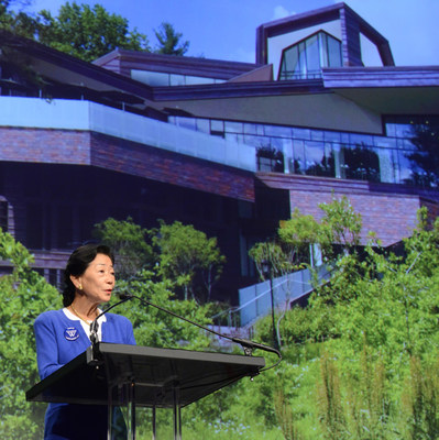Leader in Investments and Transformative Philanthropist Lulu Chow Wang to be Wellesley College's 2016 Commencement Speaker