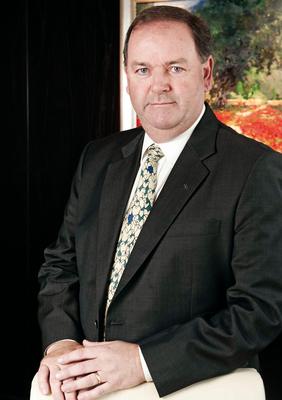 Lockton appoints Ian Walton Chief Executive Officer in the UAE. (PRNewsFoto/Lockton)