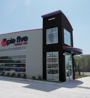 Pie Five fires up this Friday in Hutchinson