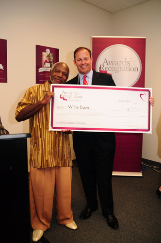 Maxim Healthcare Services is pleased to recognize Willie Davis, a licensed practical nurse at Maxim's Tampa, Florida, homecare office, as the 2013 National Caregiver of the Year Award winner.  (PRNewsFoto/Maxim Healthcare Services)