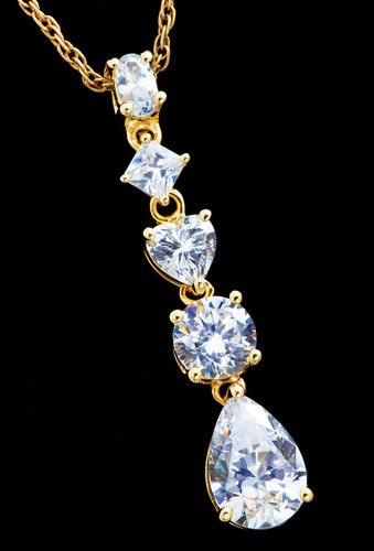 Diamond Aura Omni Pendant, available at www.stauer.com, $12.25.  (PRNewsFoto/Stauer)