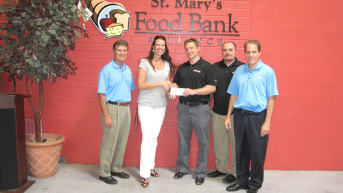 Local Phusion Projects Employees Volunteer at St. Mary's Food Bank Alliance