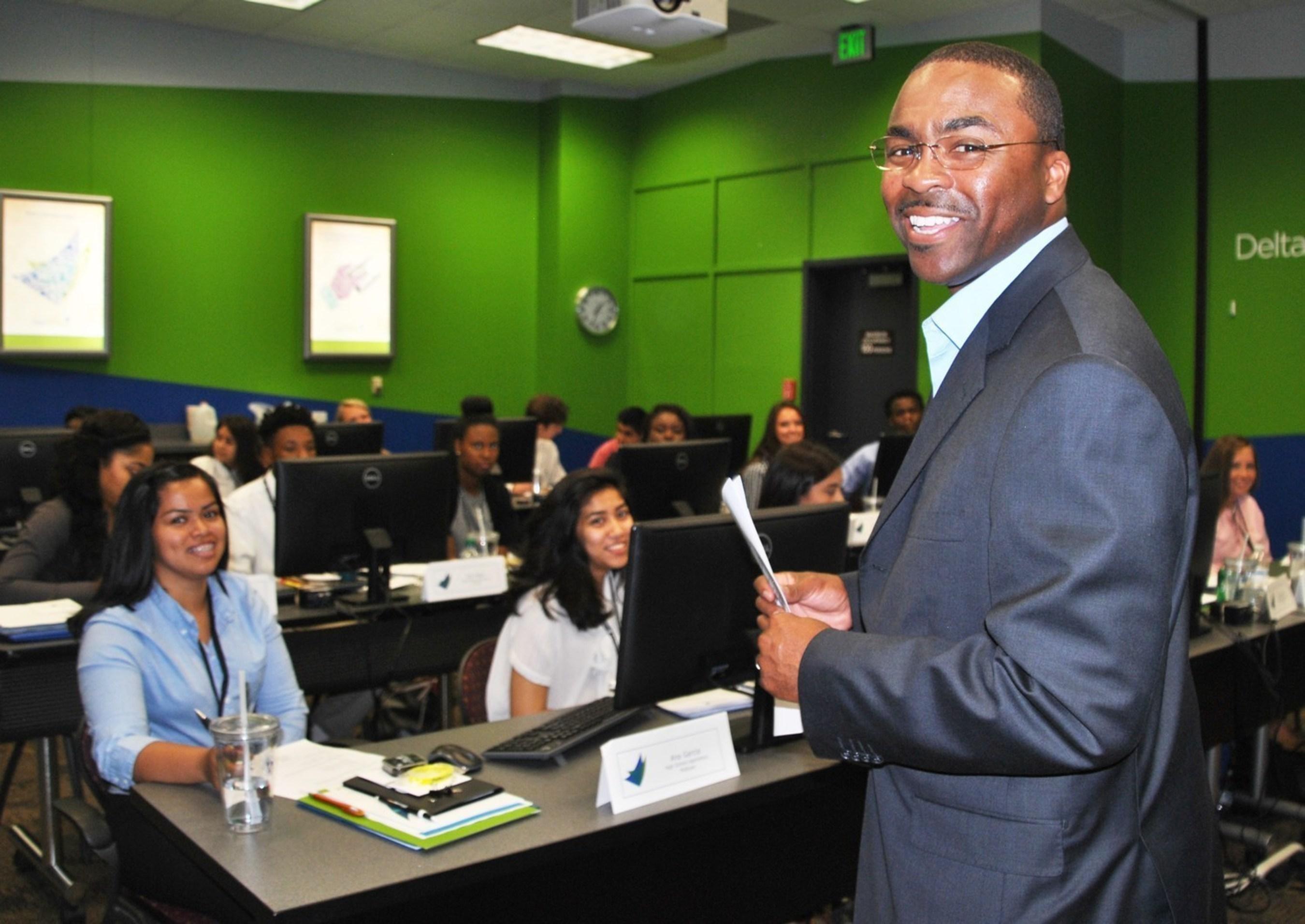 Learning Facilitator Garrett Turman addresses participants in the 2015 Delta Community High School Apprentice Program.