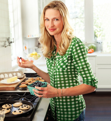 """Krusteaz And Catherine McCord Of """"Weelicious"""" To Host Dec. 14 Holiday Baking Party"""