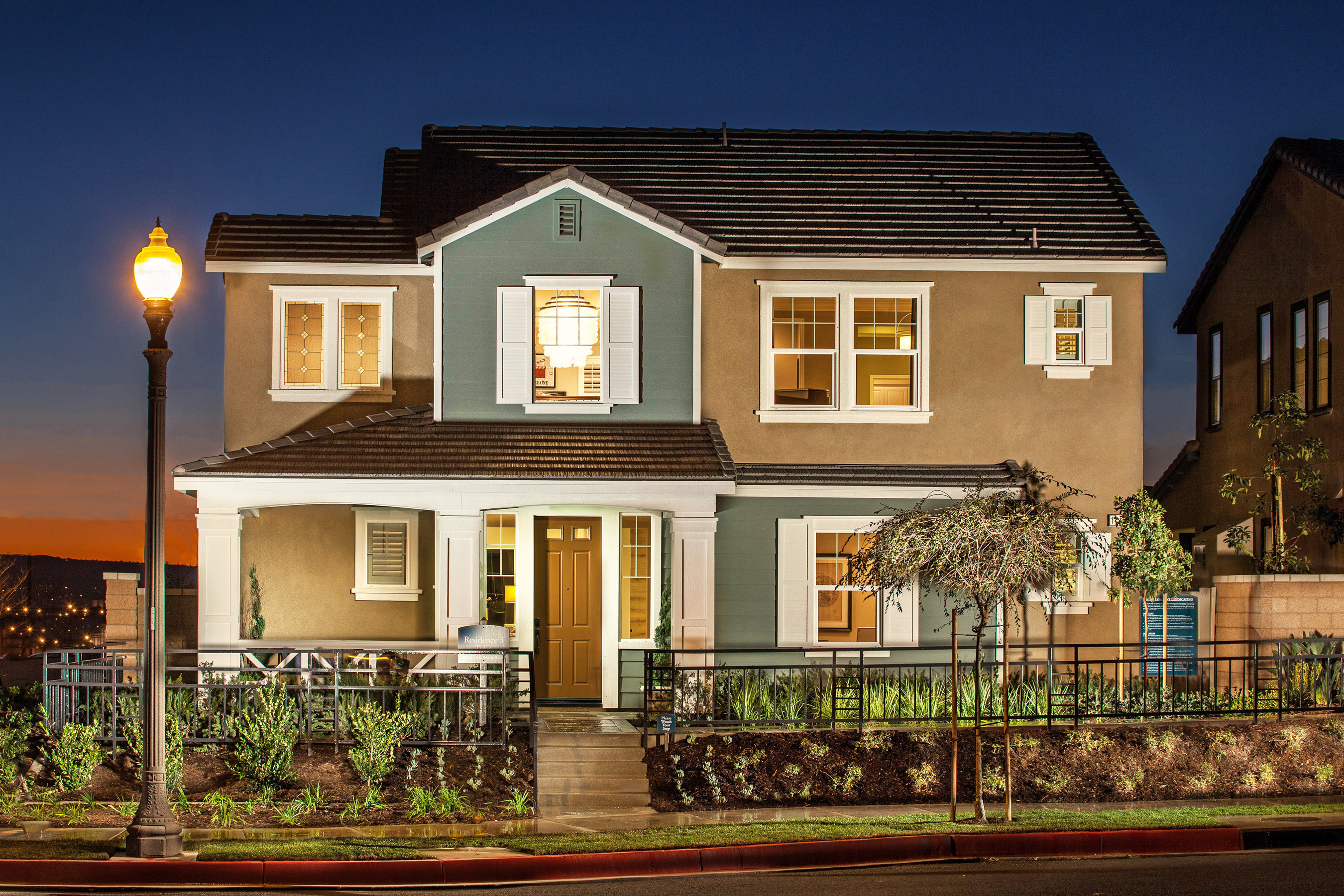 Hampshire At College Park Brings Standard Pacific Homes' Newest Architectural Designs To Chino Home Shoppers